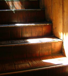 old-stairs-Charlotte-Divorce-Lawyer-Mecklenburg-Lake-Norman-Domestic-Attorney-271x300